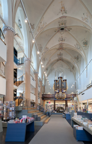Click on the image for a far better impression of this wonderful interior. Image: Joop van Putten and Hans Westerink.